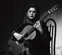 «لیلی افشار» رسیتال گیتار کلاسیک اجرا میکند