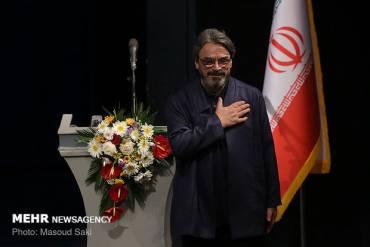 حسین علیزاده: جامعه ما وقتی رو به جلوست که جوان ها در راس آن قرار داشته باشند